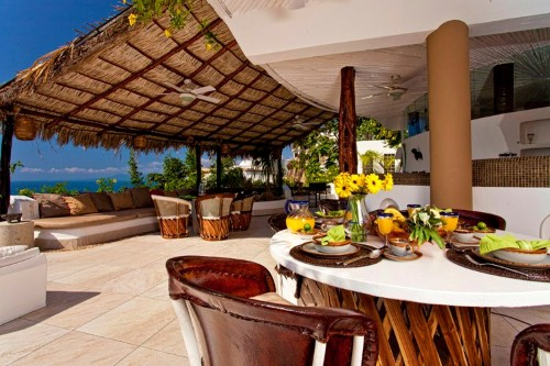 New Ocho Cascadas Villa 4 dining area