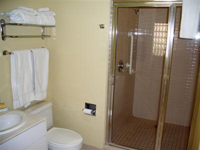 Marriott Desert Springs Villas Lockout bathroom
